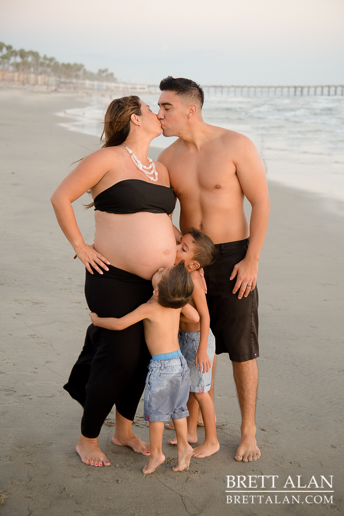 0014-Rodriguez-Maternity-Oceanside-Pier-2015-D61_9139-Edit