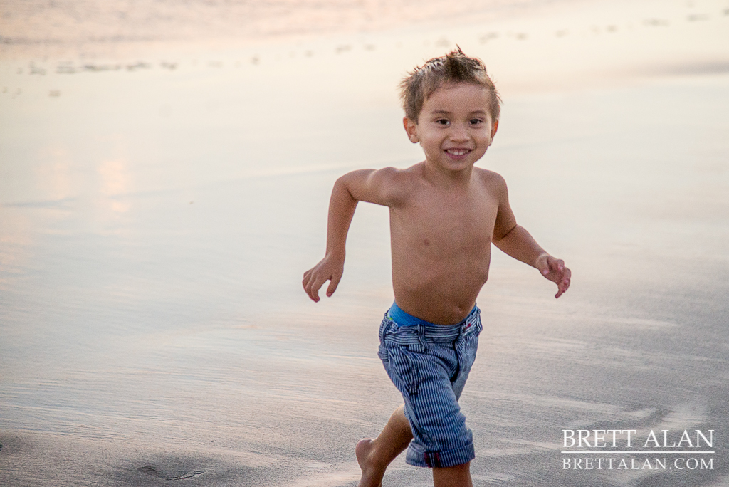 0015-Rodriguez-Maternity-Oceanside-Pier-2015-D61_9149