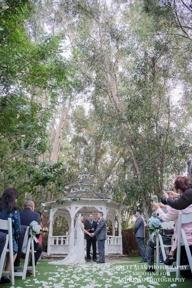 Twin Oaks Gardens